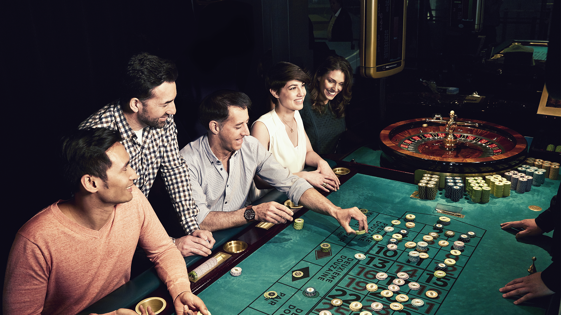 306-3060624_casino-roulette.png